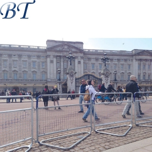 Police Crowd Barrier / Met Barrier